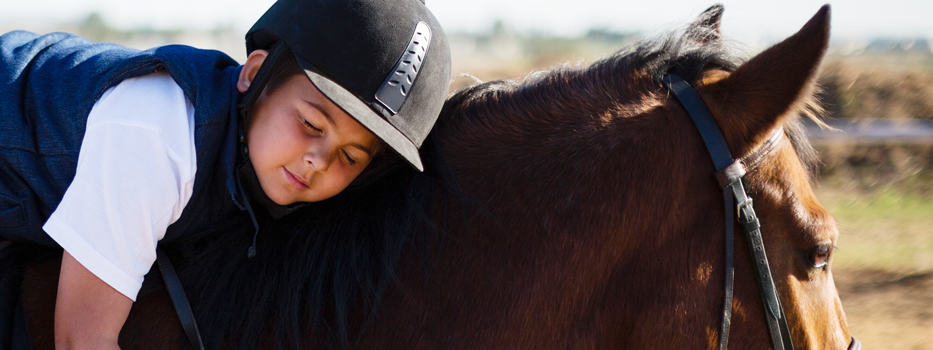Stall-C er et ridesenter i Malvik som tilbyr ridefysioterapi med fysioterapauter som er spesialisert på terapiridning og rideinstruktør Cathrine Løften